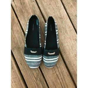 *Like New* Nautica shoes